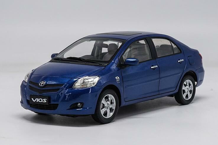 1 18 TOYOTA OLD VIOS bluee Die-Cast Metal Model Car