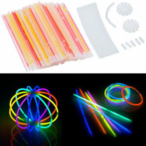 Leuchtstäbe: 100 Knicklichter in 6 Neon-Leuchtfarben, mit Steckverbindern, 20 cm