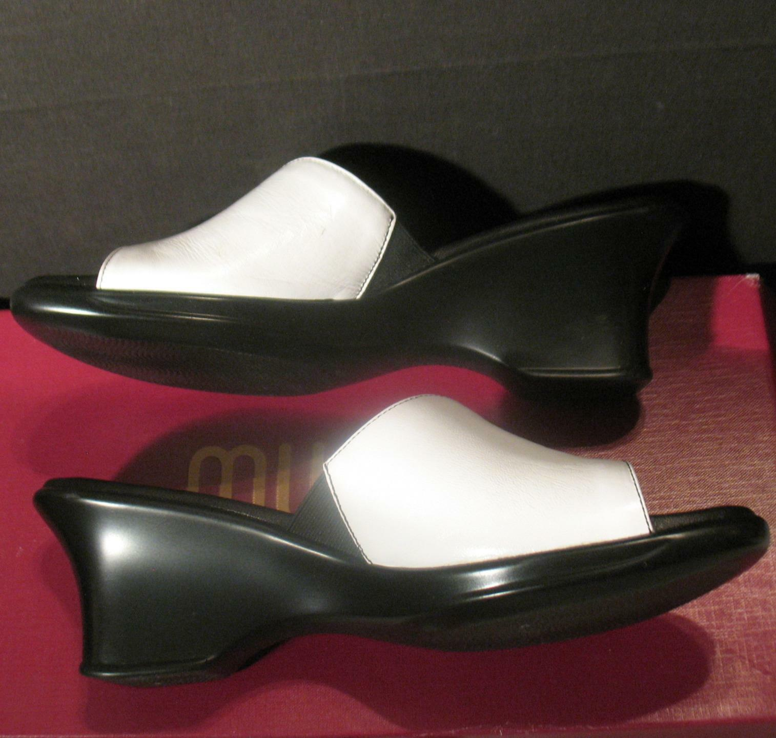 Munro American Womens Serena White Mules shoes Size 8.5 N Soft Stretch 3  Heel