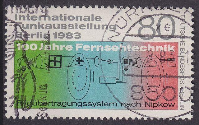 BERLIN MiNr. 702 gestempelt