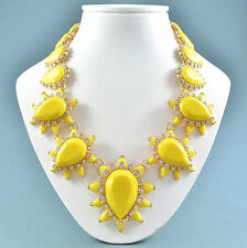 AUDACE Dichiarazione Collana Stile Vintage Resina Giallo & Clear Crystal Goldtone
