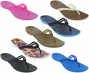 crocs isabella zehentrenner sandalen tanga leicht strand sommer urlaub damen ebay. Black Bedroom Furniture Sets. Home Design Ideas