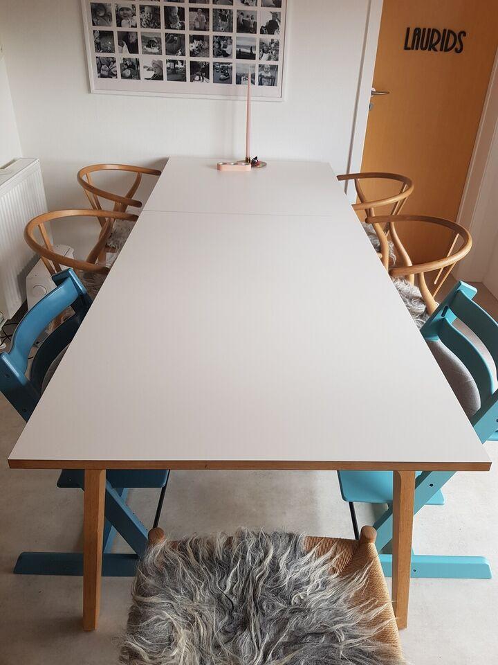 Spisebord, Laminat + eg, Bolia Filur