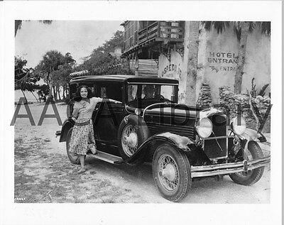 1929 Marmon Model 78 Sedan /& actress Lupe Velez Factory Photo Ref. #54721