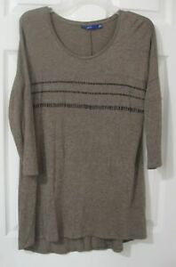 Apt-9-Sz-S-Shirt-Brown-w-Glitter-Accents-3-4-Sleeve-Knit-Tunic-Length-Top