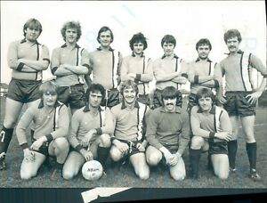 1970s-GasworkersTeam-Fleetwood-Fylde-Amateur-Football-press-Photo-8-5-5-034