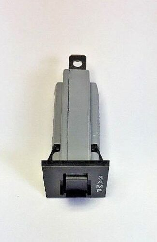 Zing Ear ZE-800-3A Fuse Holder Style Breaker Replaces NTE-R59-3A