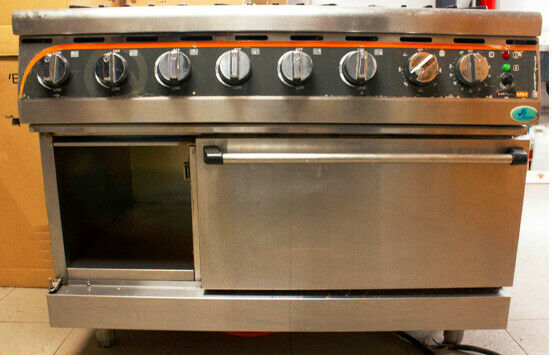 Gas Stove Anvil 6-Burner USED. Restaurant Kitchen closed down.Immaculate condition stove