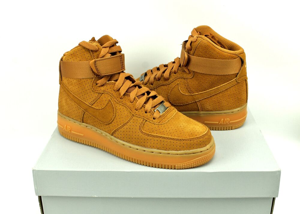 Nike Air Force 1 Hi Chaussures Top Tawny Brown Suede Chaussures Hi 749266-201 Femmes 7.5 Chaussures de sport pour hommes et femmes 843715