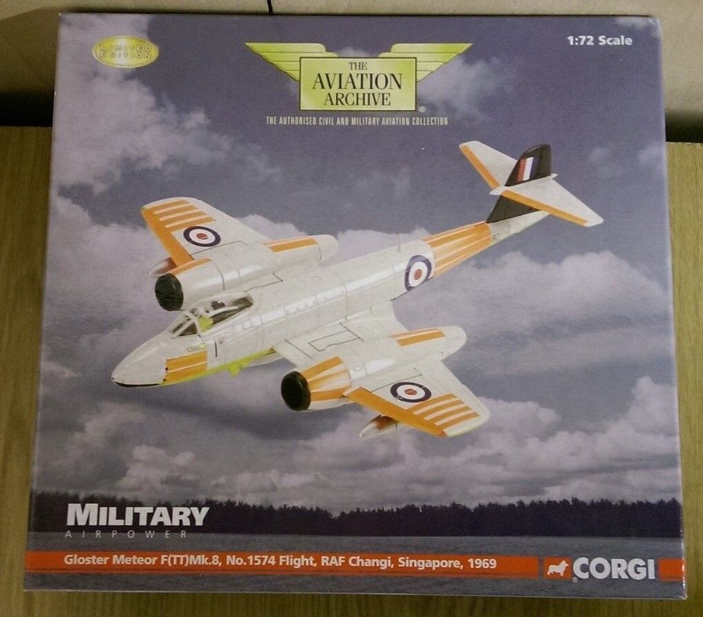 Corgi AA35003 Gloster Meteor F(TT)Mk8 RAF Changi 1969 Ltd Ed 0003 of 2010