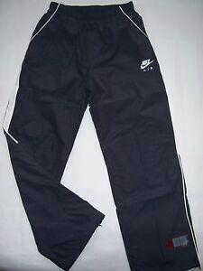 7770bbe05083c1 PANTALON de jogging Survêtement neuf NIKE taille 12 - 13 ans coloris ...