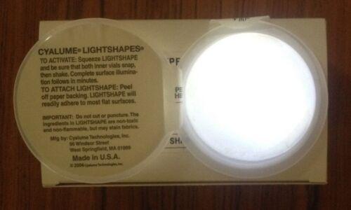 2 x haute qualité militaire blanc rond CYALUME SnapLight Bâton Pour la plupart des surfaces