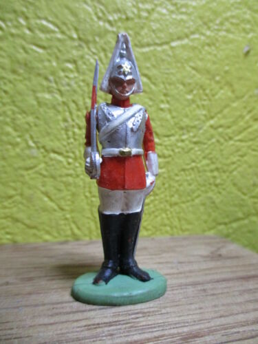 BRITAINS HERALD 1950-60  ROYAL LIFE GUARD PRESENTER ARME MADE IN ENGLAND