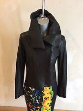 $1098 Elie Tahari soft Italien  lamb leather black jacket,side zipper, size 40