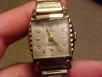 VINTAGE HELBROS MANS WRISTWATCH - ORNATE