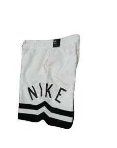 Details about NIke Air Sportswear Tech Fleece Shorts Mens Large CN9129-133  NEW