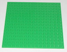 LEGO BRIGHT GREEN 16 X 16 DOT PLATES PLATFORM GRASS PIECE