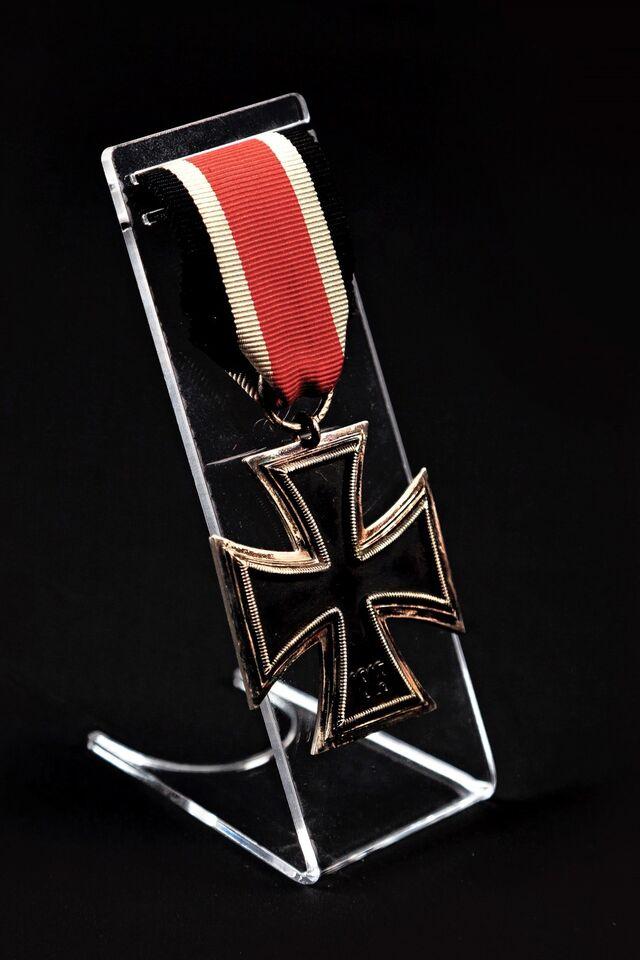 Emblemer, Emblem/mønt/medalje/bajonet displays