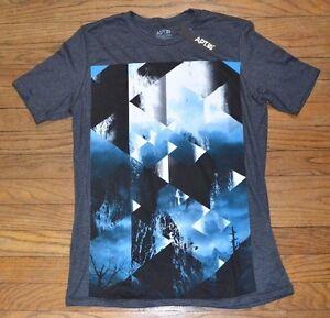 Details about Apt 9 Graphic Tee Men\'s Knit Short Sleeve T-Shirt Crew Neck  Geometrical Prisim