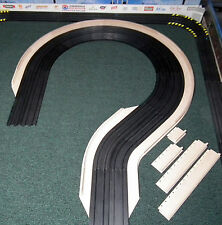 "HO Slot Car Track Borders 18"" Hairpin Curve With Lead-ins/outs & Median Walls"