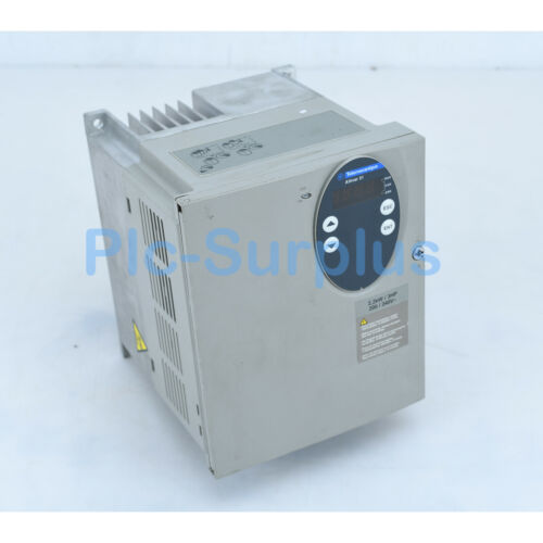 1PC Used Schneider inverter ATV31 2.2KW 200V//240V 3HP ATV31HU22M2A Tested Fully