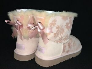 87e469886b6 Details about Ugg Australia Mini Bailey Bow Flowers Girl's Toddler Boots  1016234 Sheepskin