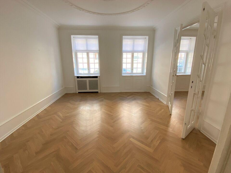 2100 vær. 4 lejlighed, m2 125, Jacob Erlandsens Gade