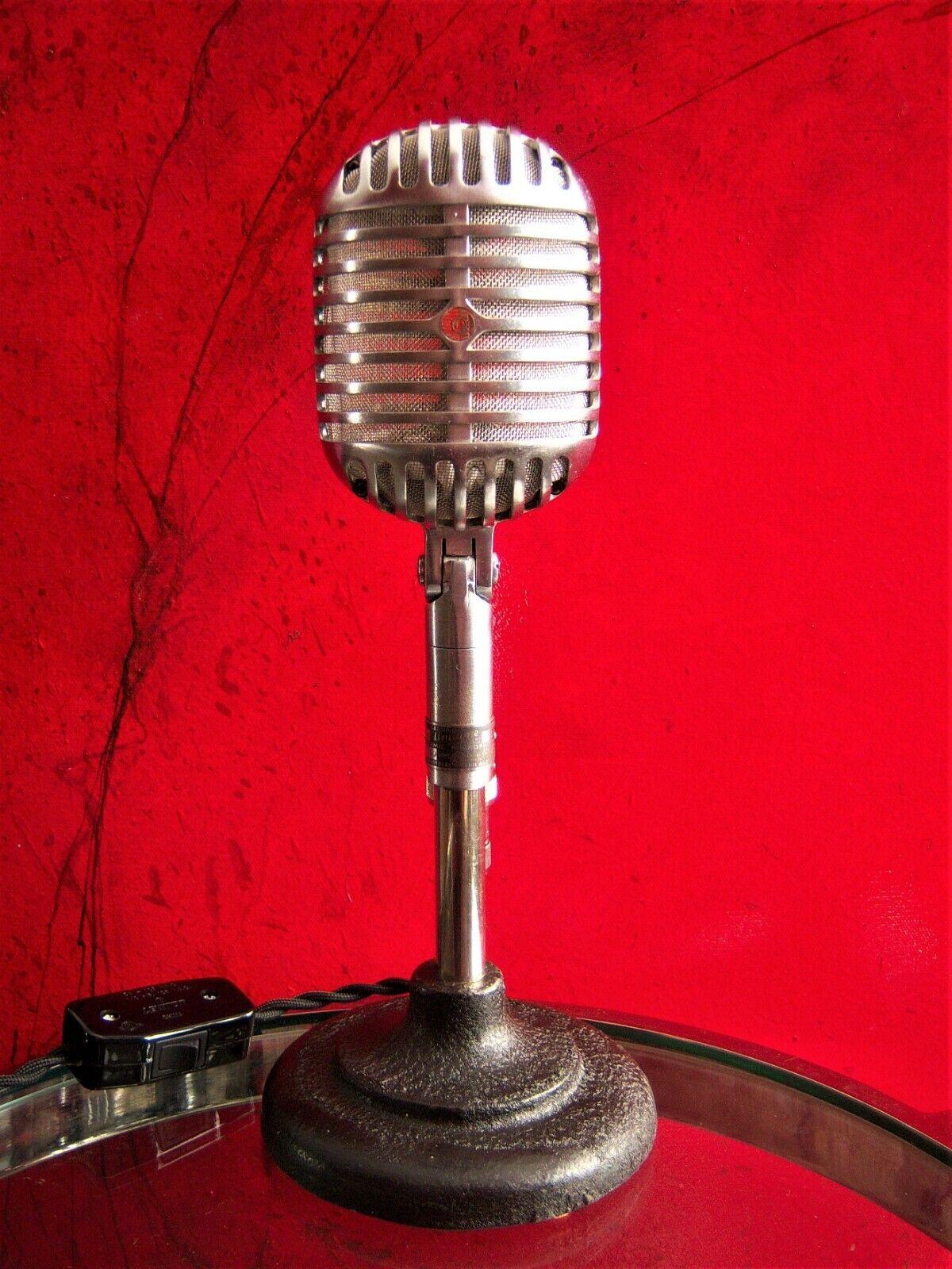 Vintage década de 1940 Shure Brojohers 55C 55C 55C micrófono Personalizado LED Lámpara de mediados de siglo Elvis a8ea2f