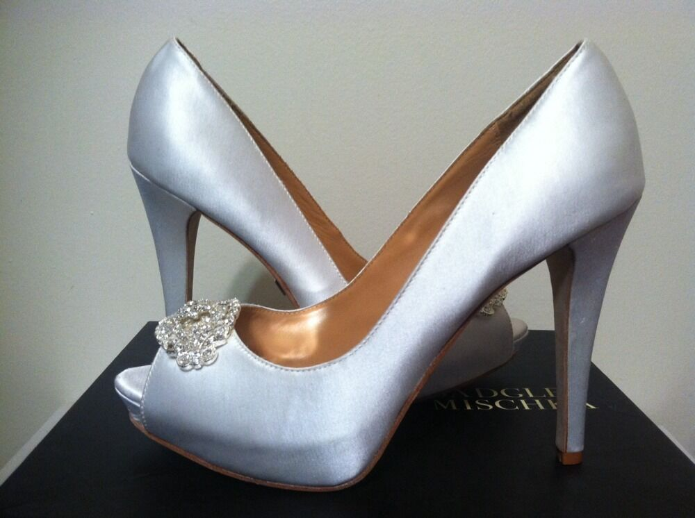 Badgley Mischka Goodie blanc Satin Dressy Evening Platform Heels Pumps Taille 8.5