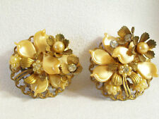 Vintage BEAUJEWELS Flower Earring Celluloid Pearl Rhinestone Clip Cluster GOLD