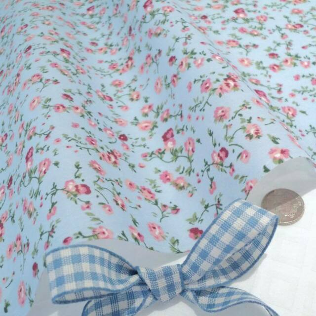 MOLLY - BLUE / PINK FLORAL vintage COTTON FABRIC VINTAGE per full metre
