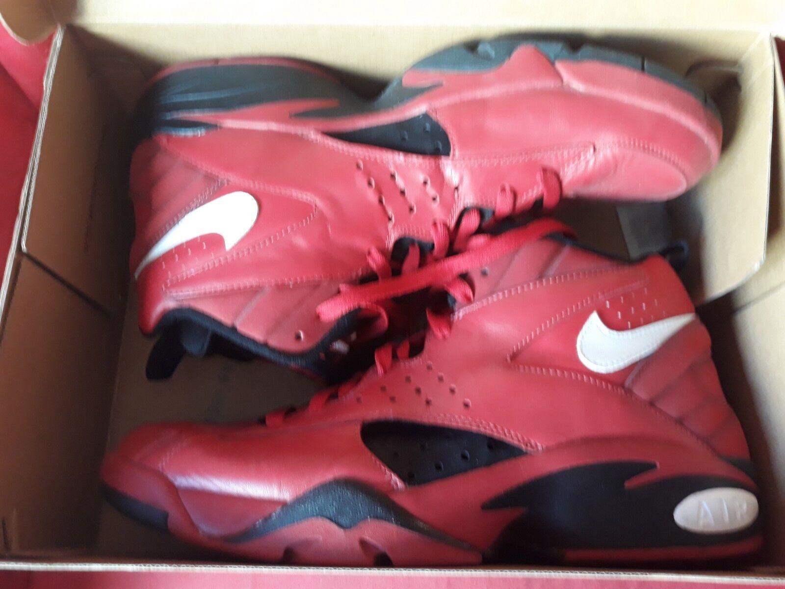 Nike Air Flight rot 12UK 13US 47.5 EURO BNWOB