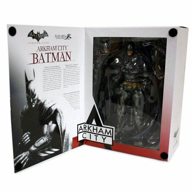 BATMAN  Arkham City - Batman 9  Play Arts Kai Action Figure  NEW