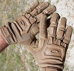 oakley issue  OAKLEY SI Standard Issue Flexion Coyote Tan Tactical Gloves