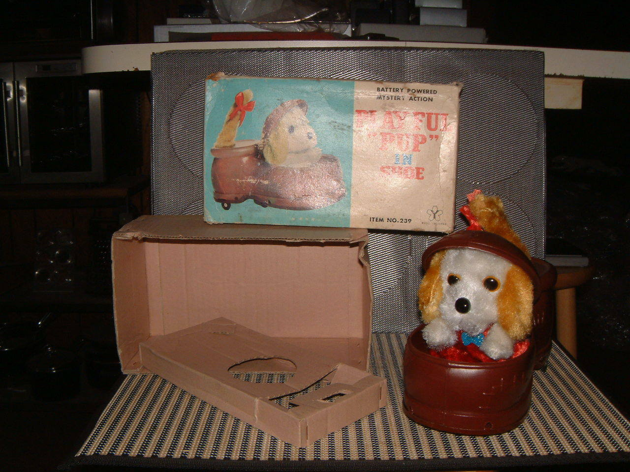 YONEZAWA BATTERY OPERATED, OPERATED, OPERATED, 100% FULLY FUNCTIONAL, PLAYFUL PUP IN SHOE W BOX  3ca44b