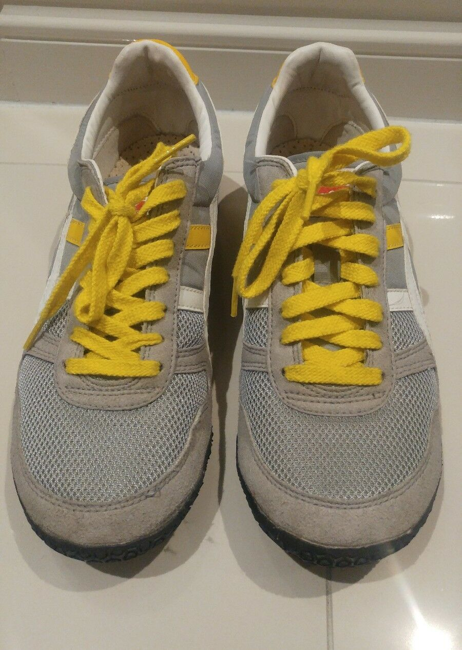 ONITSUKA TIGER GREY & YELLOW SIZE 8.5 Casual wild