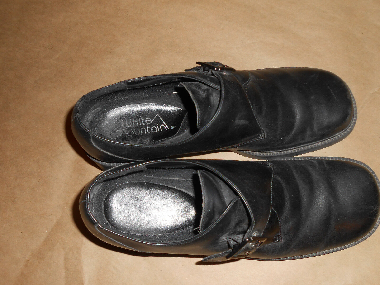 Women Women Women or girls Black (White Mount) buckle Ankle shoes, size 10M Great condition. 92fe25