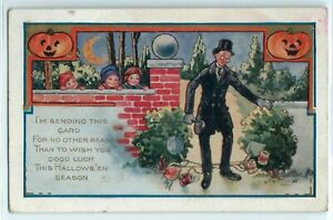 Vintage-Whitney-HALLOWEEN-Postcard-Children-Play-Tricks-on-Man-JOL-039-S-Moon-s915