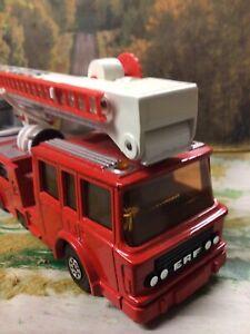 VINTAGE-MATCHBOX-K-39-SUPERKINGS-ERF-SIMON-SNORKEL-COUNTY-FIRE-ENGINE-MODEL