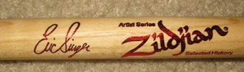 ERIC SINGER (KISS/ALICE COOPER/BADLANDS) DRUM STICK