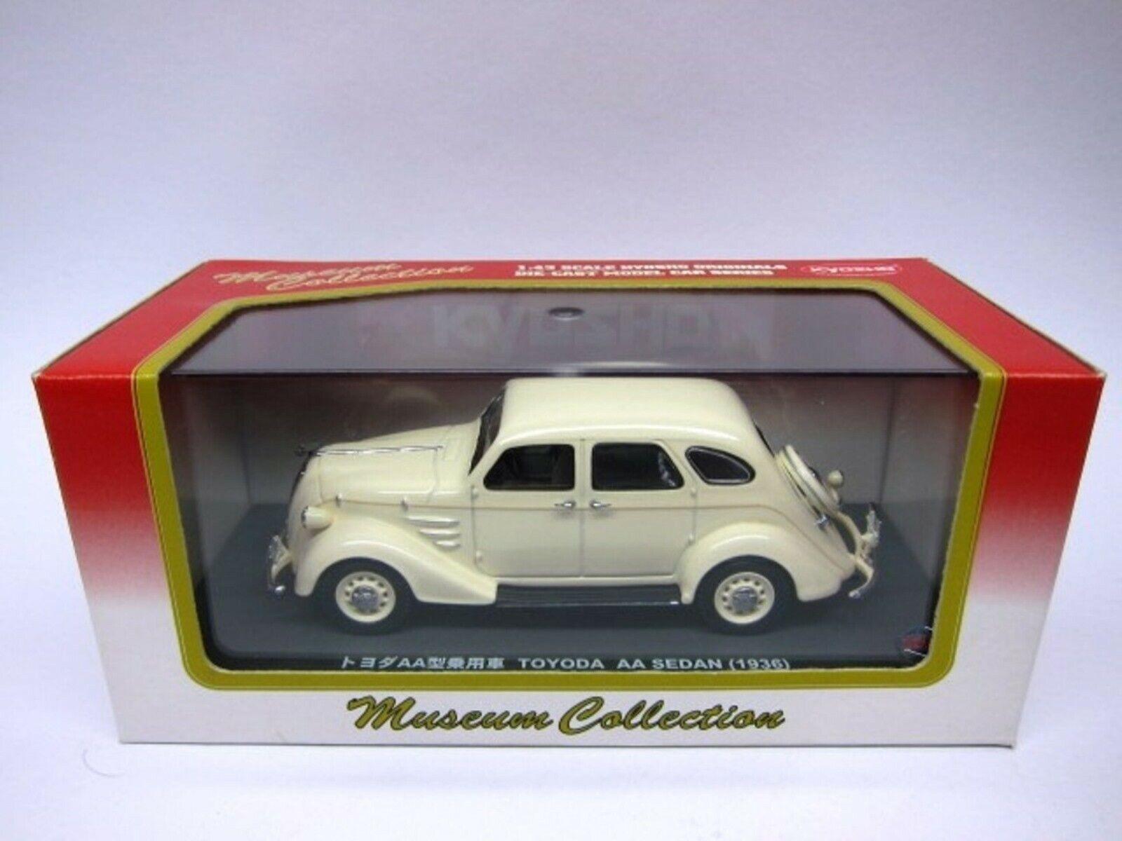 WOW EXTREMELY RARE Toyoda Toyota AA Sedan RHD 1936 Ivory 1 43 Kyosho-Minichamps