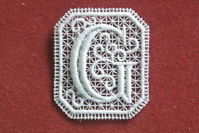 Oblong letter/initial G - sew-on lace motif/applique/patch/craft/card making