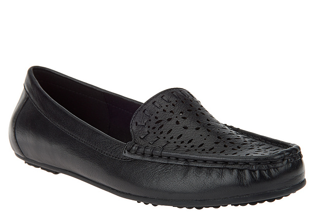 Isaac Mizrahi Live  Perforated Leather Moccasins Black Arbor Women's Size 6 New