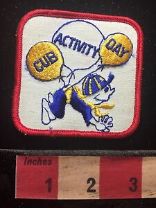 BSA-Boy-Scout-Cub-Scout-Patch-Funny-Picture-Floating-With-Balloons-72B7