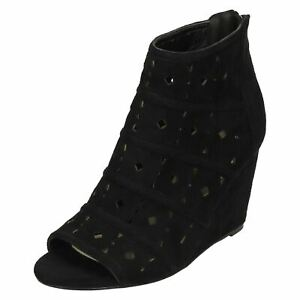 LADIES-BLACK-WEDGE-ZIP-UP-PEEP-TOE-ANKLE-BOOTS-CASUAL-FAUX-SUEDE-SHOES-SIZES-3-8