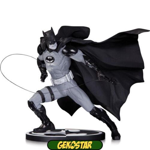 Batman Black /& White Statue Ivan Reis