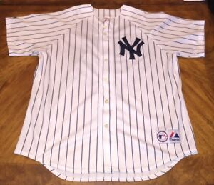 100% authentic 3d001 c96a6 Details about Derek Jeter New York Yankees Majestic Sewn Pin Striped Jersey  MLB Men's XL