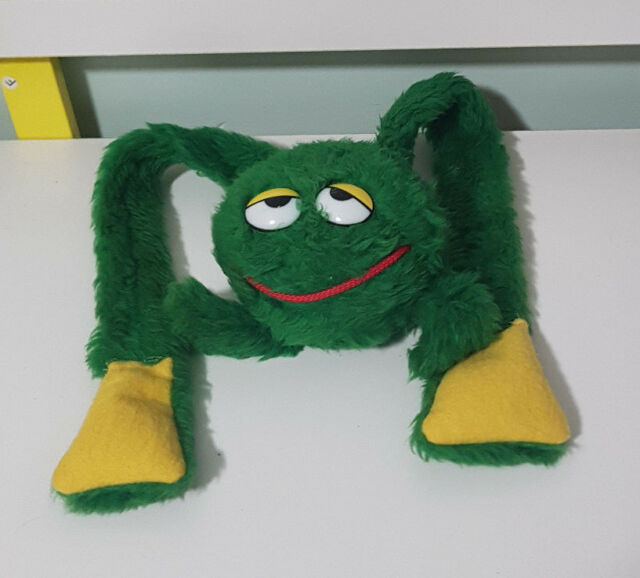 FROG LONG LEGS VINTAGE GREEN TOY SOFT TOY PLUSH TOY 49CM LONG!