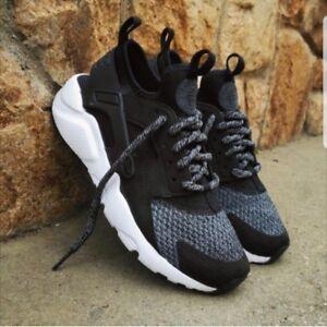 Detalles de Nike Air Huarache Run Ultra se GS Zapatillas Zapatos 942121 004 Negro ver título original