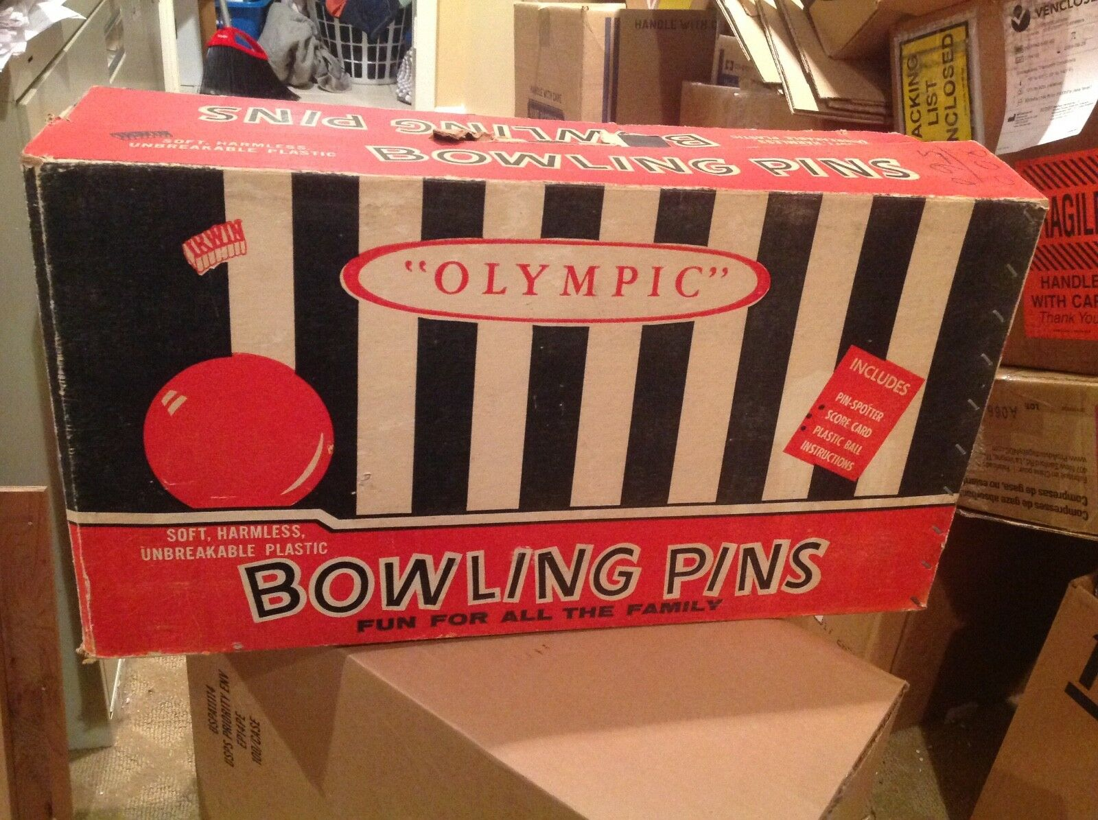 VINTAGE IRWIN OLYMPIC UNBREAKABLE PLASTIC BOWLING PINS GAME & BALLS ORIGINAL BOX